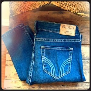 NWOT Hollister size 0s W24 L29 Super Skinny Jeans